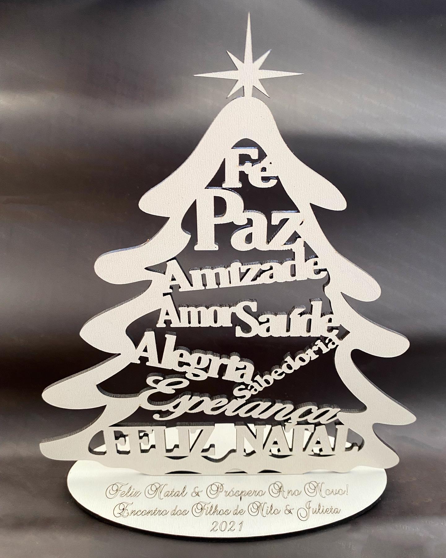 Mini árvore de Natal em MDF 20cm de altura MDF Branco Brinde Lembrança