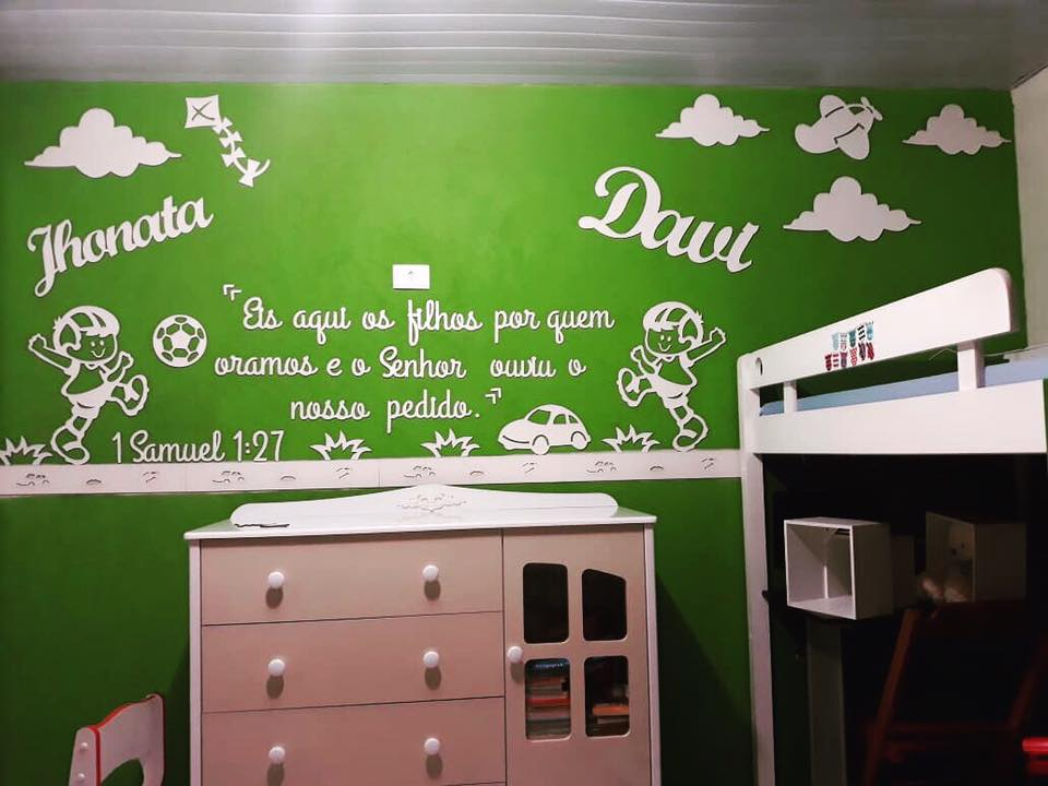 PAINEL Para gêmeos com dois nomes e dois meninos - Painel de Parede Menino Brinquedos + Frase Salmos Completo