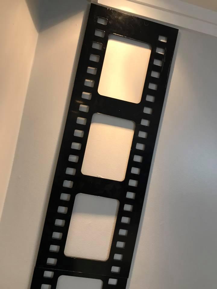 Placa decorativa Rolo de Filme 60cm Decoração Ambiente