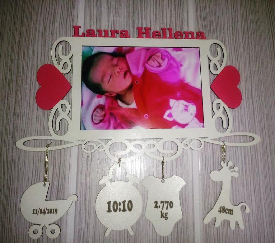 Porta Retrato Personalizado Dados do Bebê em MDF Colorido 15x21