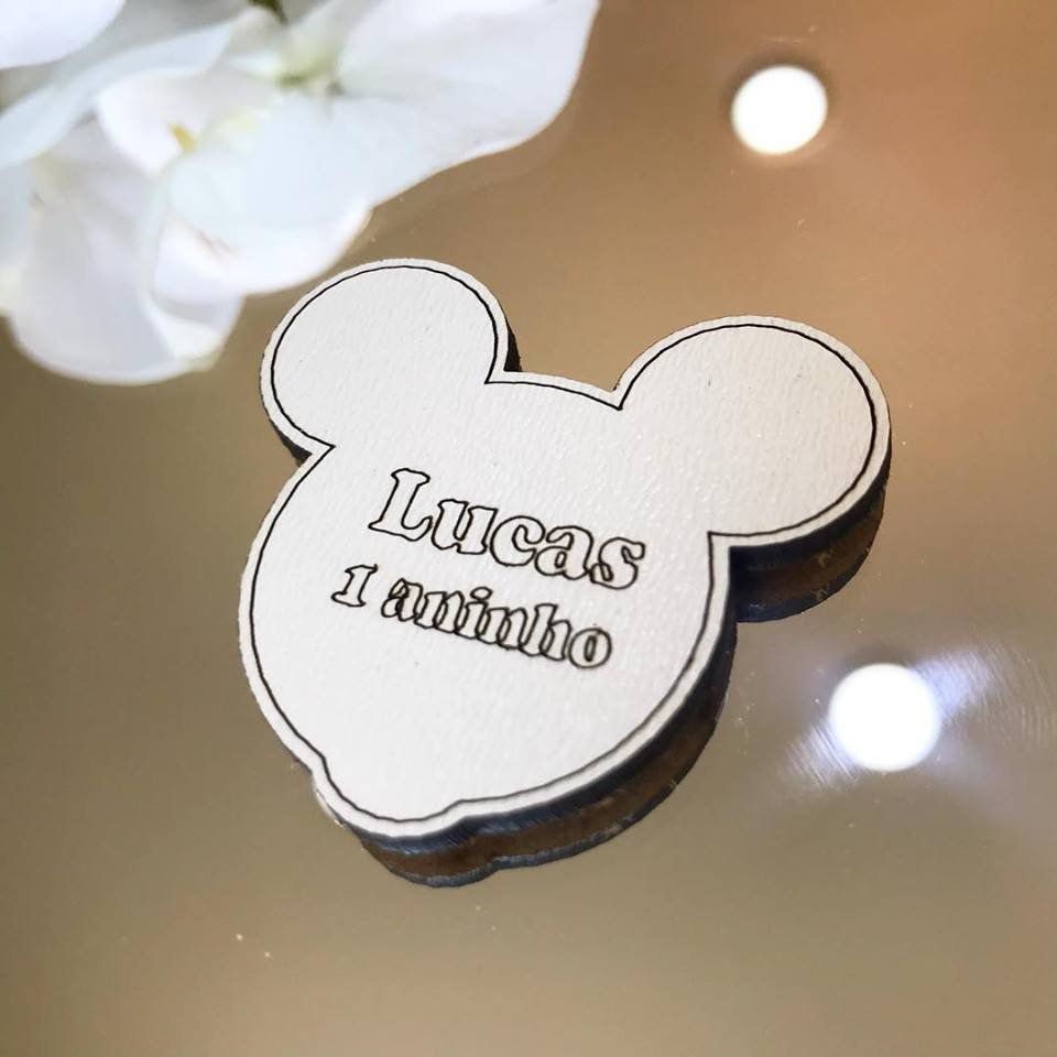 Ref. 055 - Ímãs de Geladeira Cabeça Mickey MDF Branco Lembrancinhas Nascimento Chá de Bebê