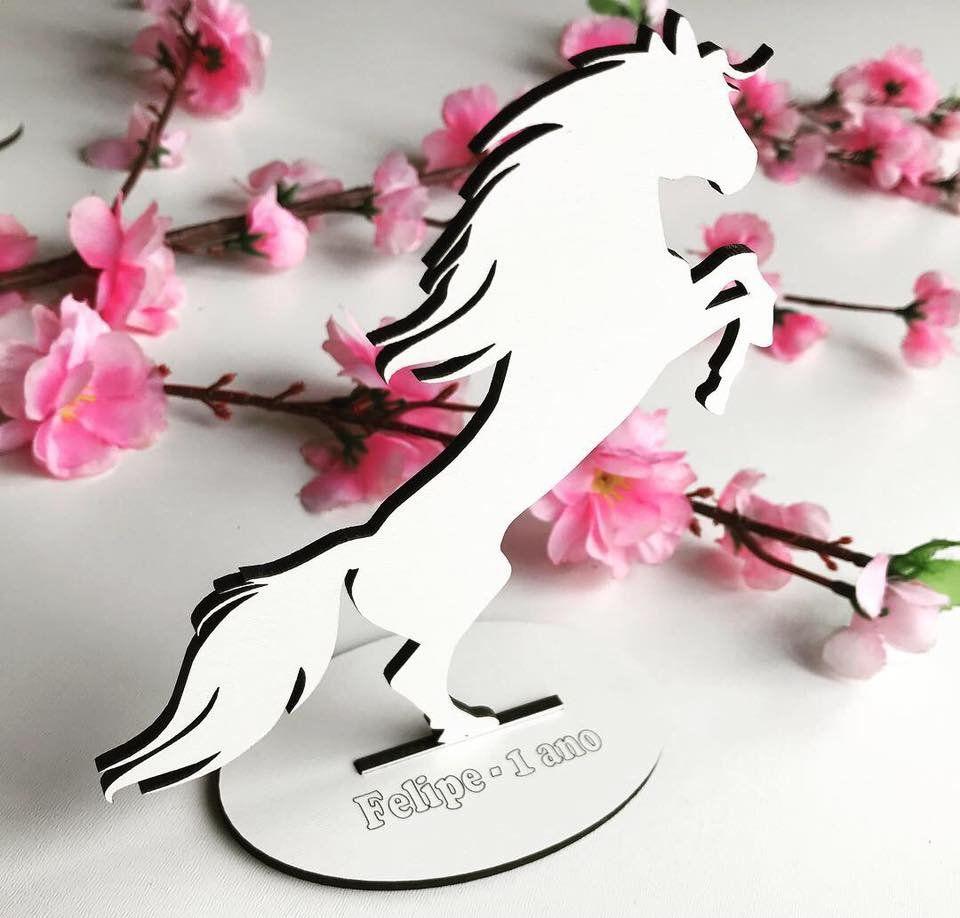 REF. 021 - Kit Lembrancinhas de mesa 10cm Cavalo MDF BRANCO
