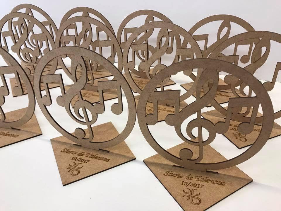 Troféu Desmontável MDF Notas Musicais