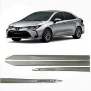 Friso Lateral Corolla Prata SuperNova C/Escrita Cromada Modelo 2020 Original