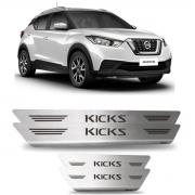 Soleira de Porta Nissan Kicks em Aço Inox Escovado