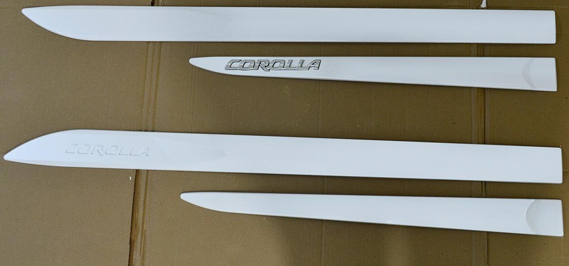 Friso Lateral Corolla Branco Lunar C/Escrita Cromada Modelo 2020 Original