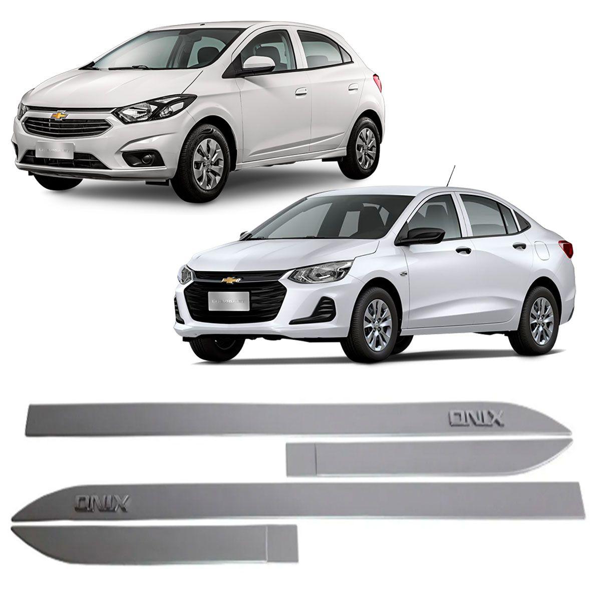 Friso Lateral Onix Hatch Sedan Prata SwitchBlade C/ Escrita Cromada Modelo 2020 Original