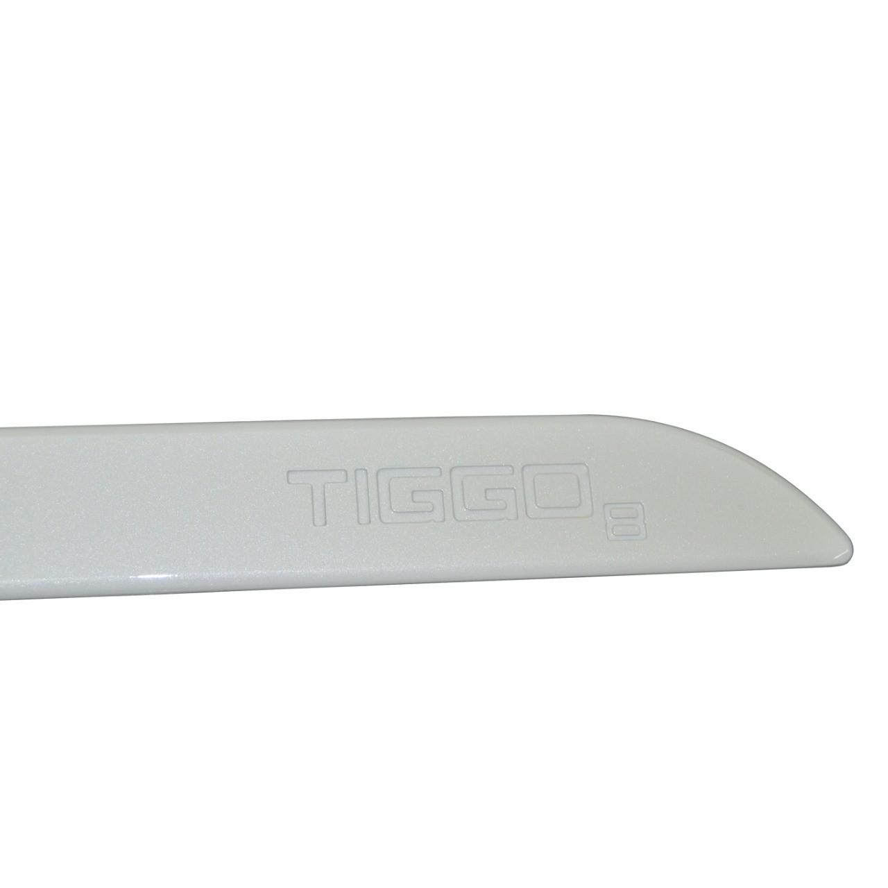 Friso Lateral Tiggo 8 Branco Perolizado com nome em baixo relevo