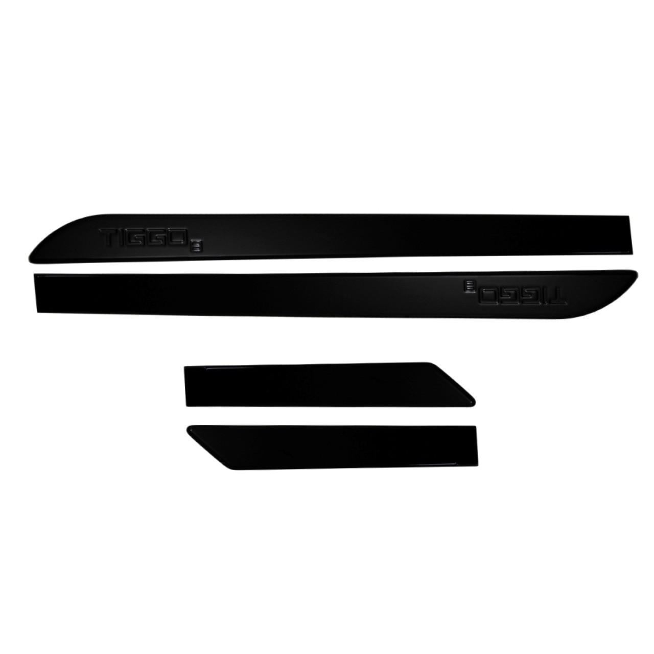 Friso Lateral Tiggo 8 Preto Metalico com nome em baixo relevo