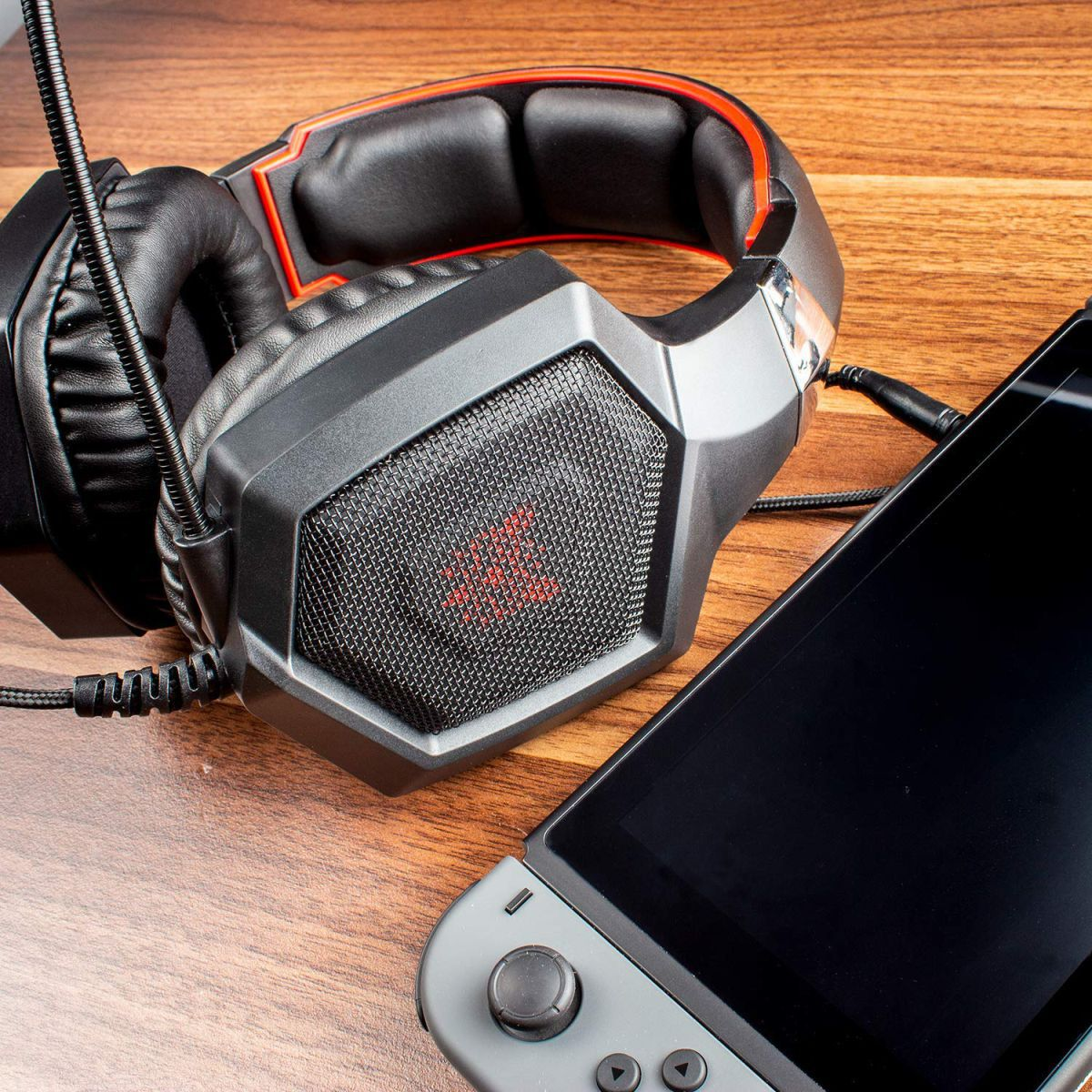 Fone Ouvido Headset Gamer K8 Red Led Onikuma
