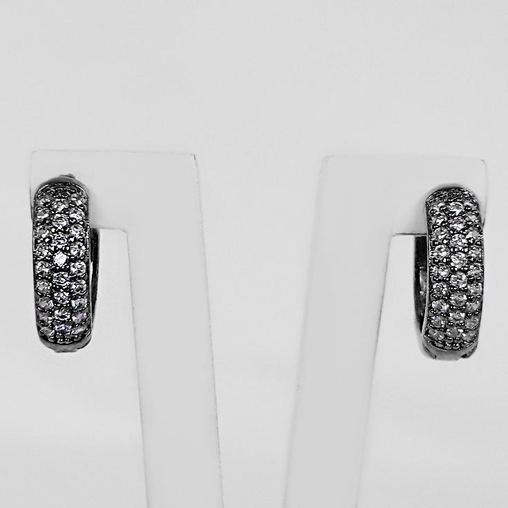 Brinco Argola 1,1cm 3 Filetes Zircônias Banho Ródio Negro  - Lunozê Joias
