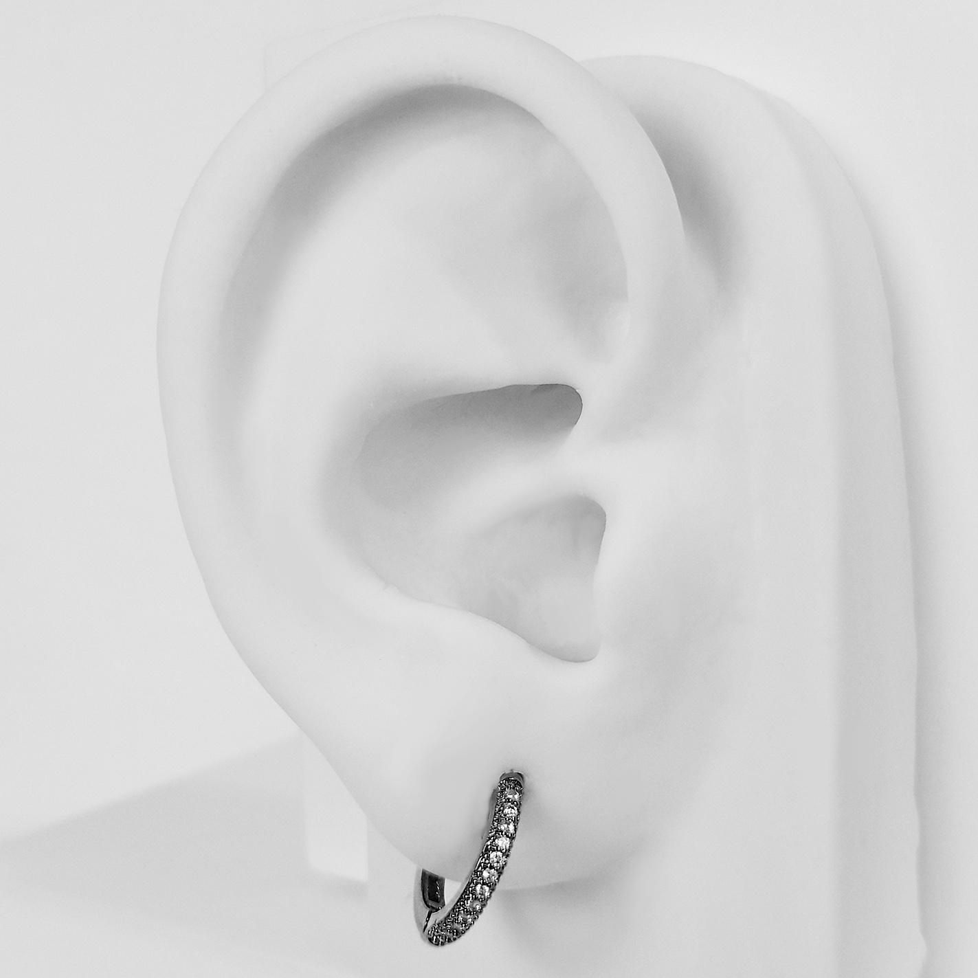 Brinco Argola Cravejada 1,4 cm Banho Ródio Negro  - Lunozê Joias