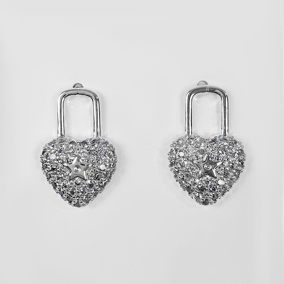 Brinco de Cadeado em Coração Folheado a Prata 1000  - Lunozê Joias