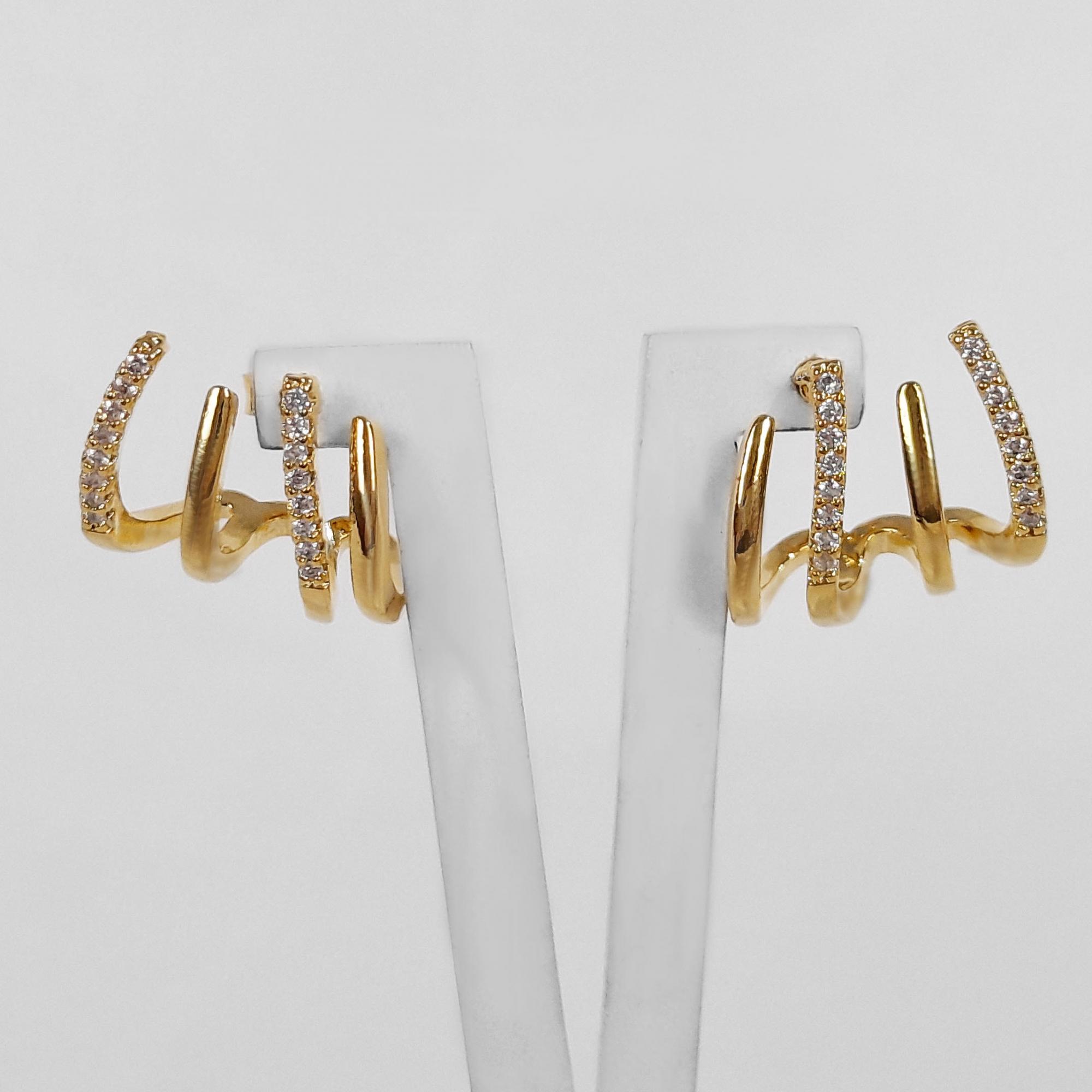Brinco Ear Cuff 4 Fios com Micro Zircônias Folheado Ouro 18K  - Lunozê Joias