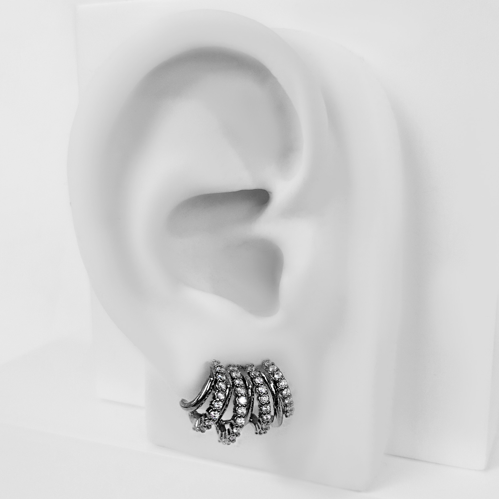 Brinco Ear Cuff Argolinhas Cravejadas Banho Ródio Negro  - Lunozê Joias