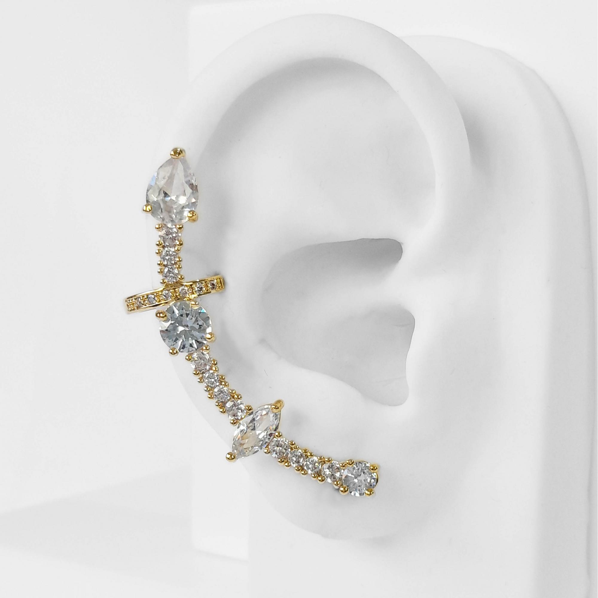 Brinco Ear Cuff Cravejado com Zircônias Folheado Ouro 18K  - Lunozê Joias