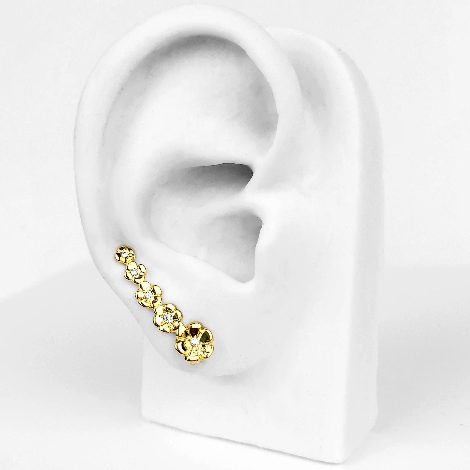 Brinco Ear Cuff Flores com Zircônias Folheado a Ouro 18K  - Lunozê Joias