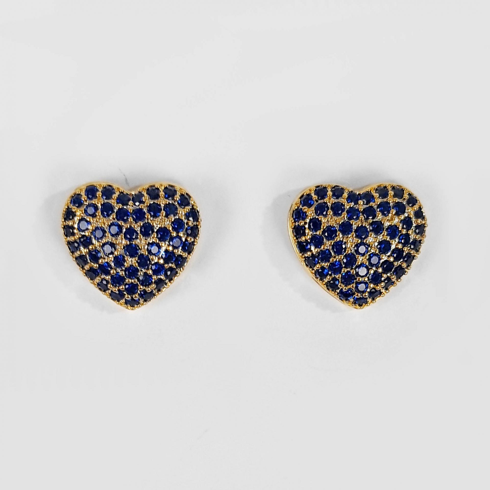 Brinco Pequeno Coração Azul Cravejado Folheado a Ouro 18k  - Lunozê Joias