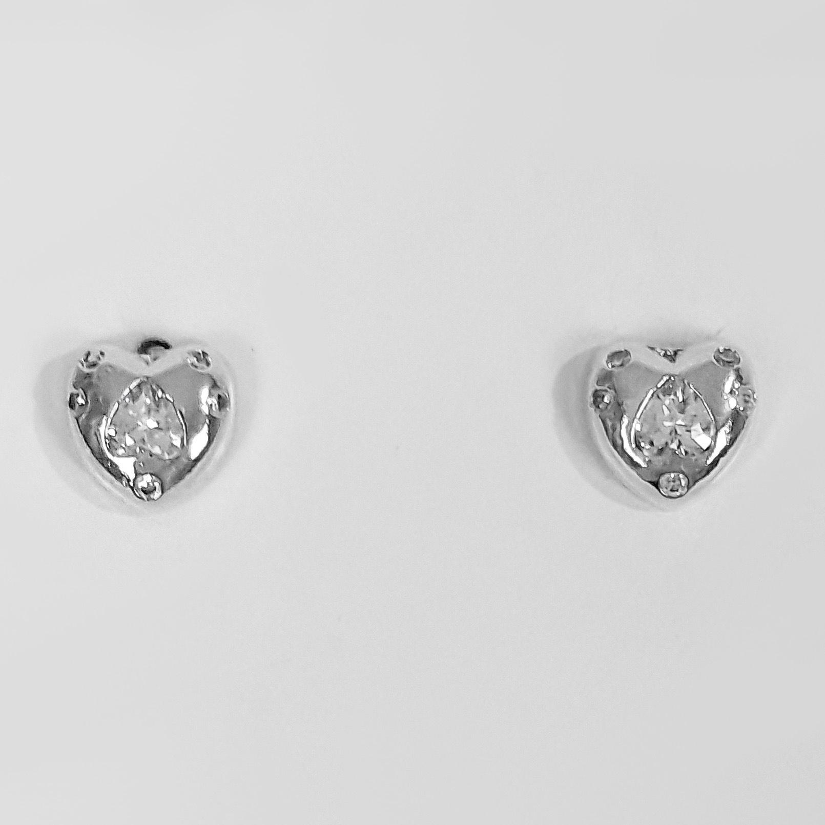 Brinco Pequeno Coração com Zircônias Folheada a Prata 1000  - Lunozê Joias