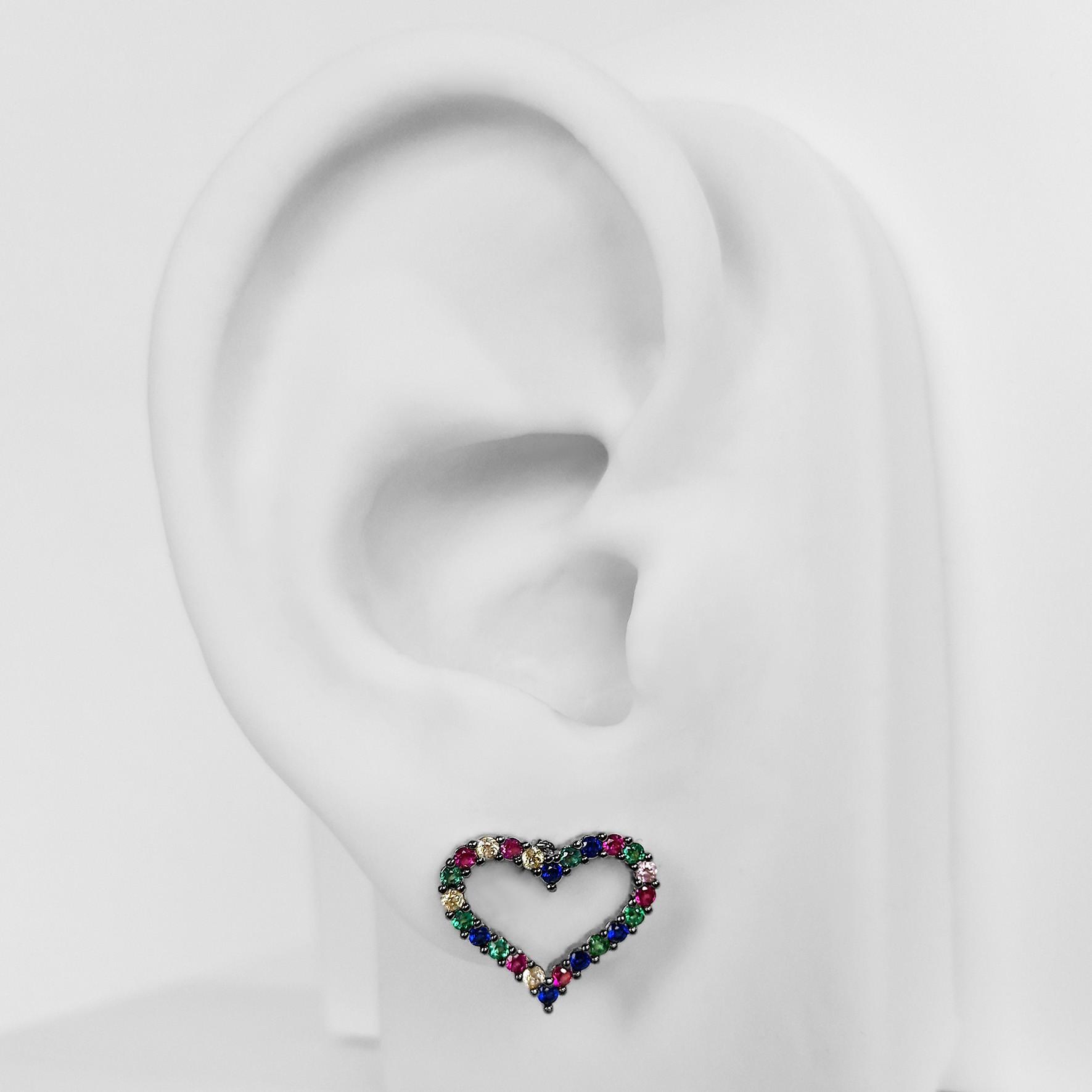 Brinco Pequeno Coração Vazado Zircônia Banho Ródio Negro  - Lunozê Joias