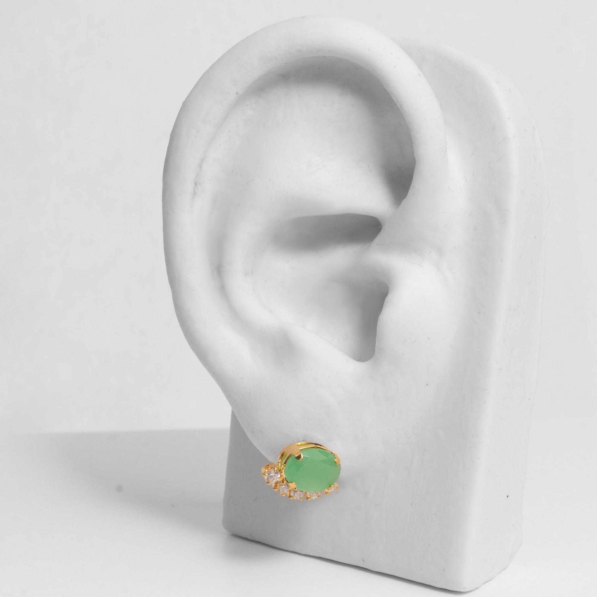 Brinco Pequeno Pedra Oval e Zircônias Folheado a Ouro 18K  - Lunozê Joias