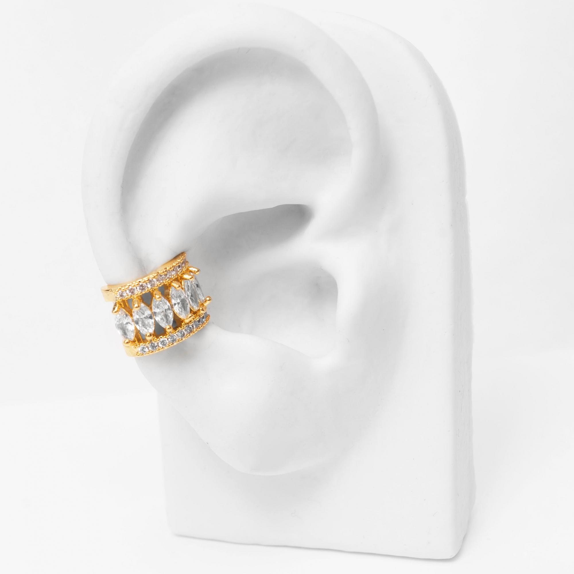 Brinco Piercing Fake com Oval de Zircônias Folheado Ouro 18k  - Lunozê Joias