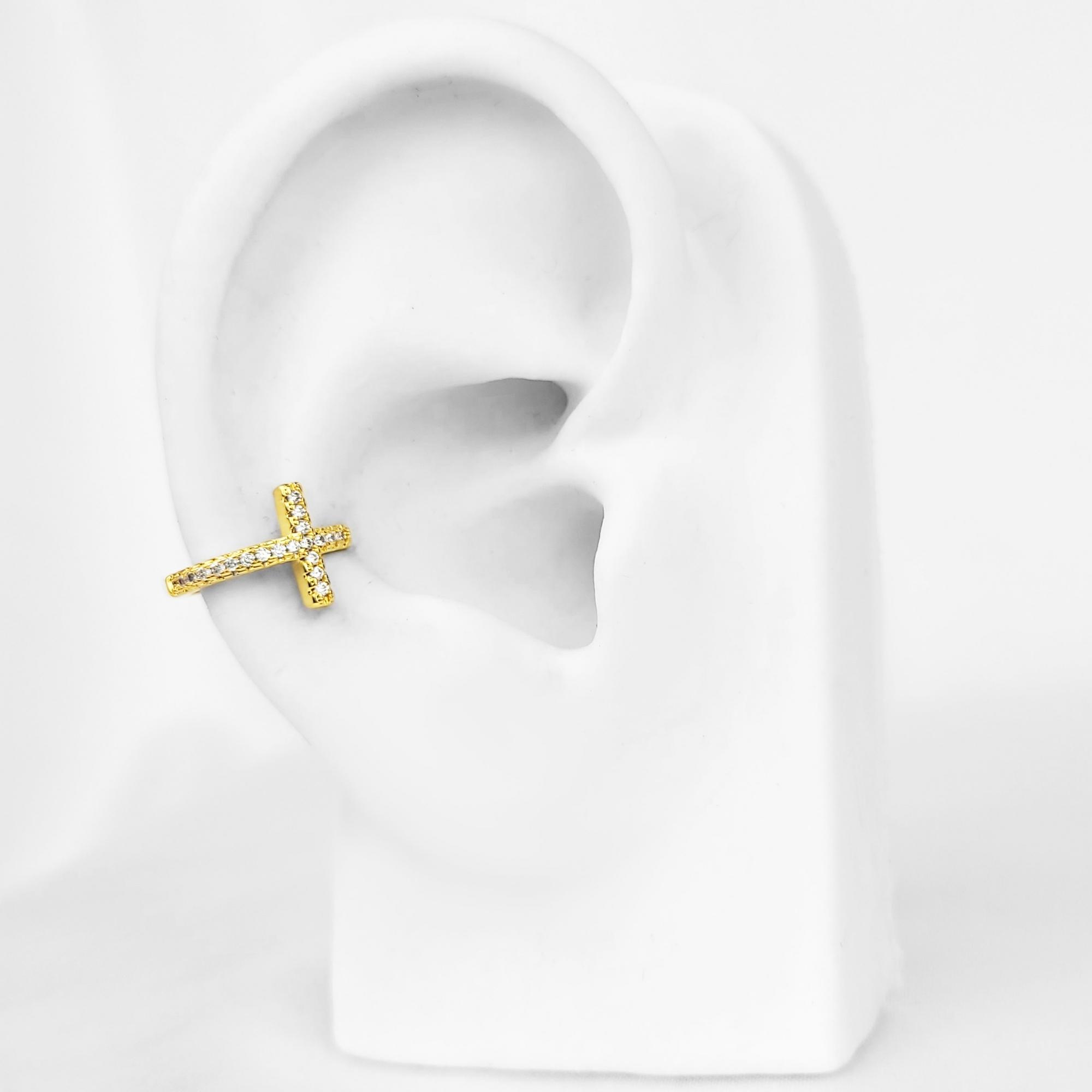 Brinco Piercing Fake Cruz com Zircônias Folheado Ouro 18k  - Lunozê Joias