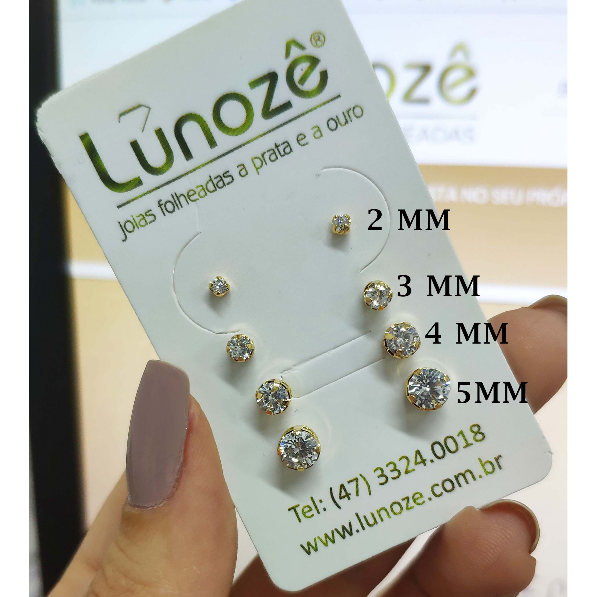 Brinco Pequeno Ponto de Luz Zircônia 3mm Folheado a Ouro 18k