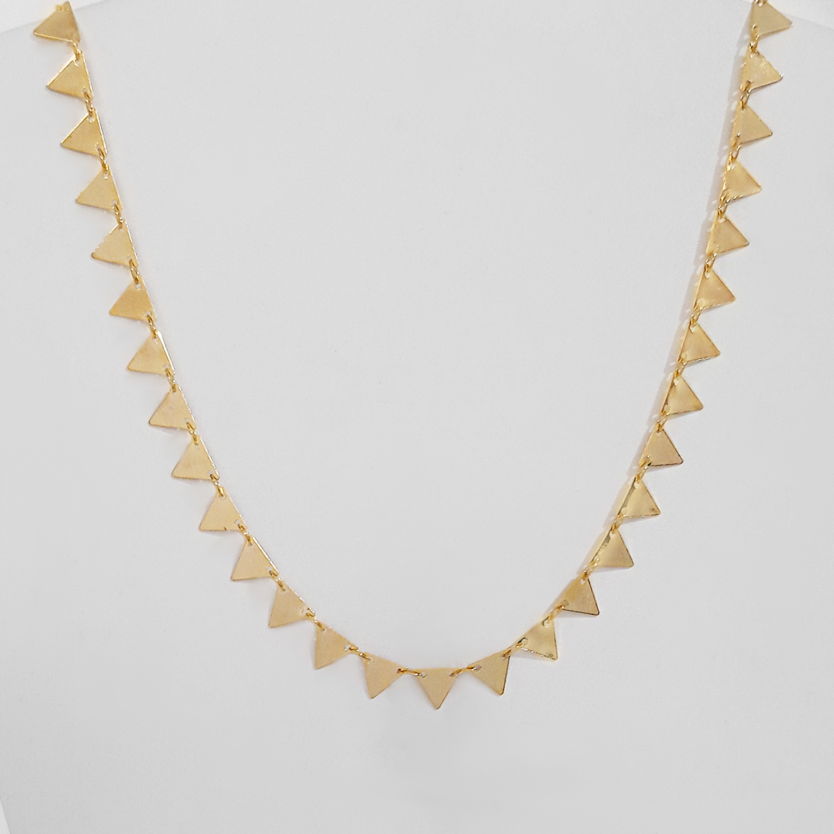 Colar 40cm Triângulos Folheado Ouro 18k  - Lunozê Joias
