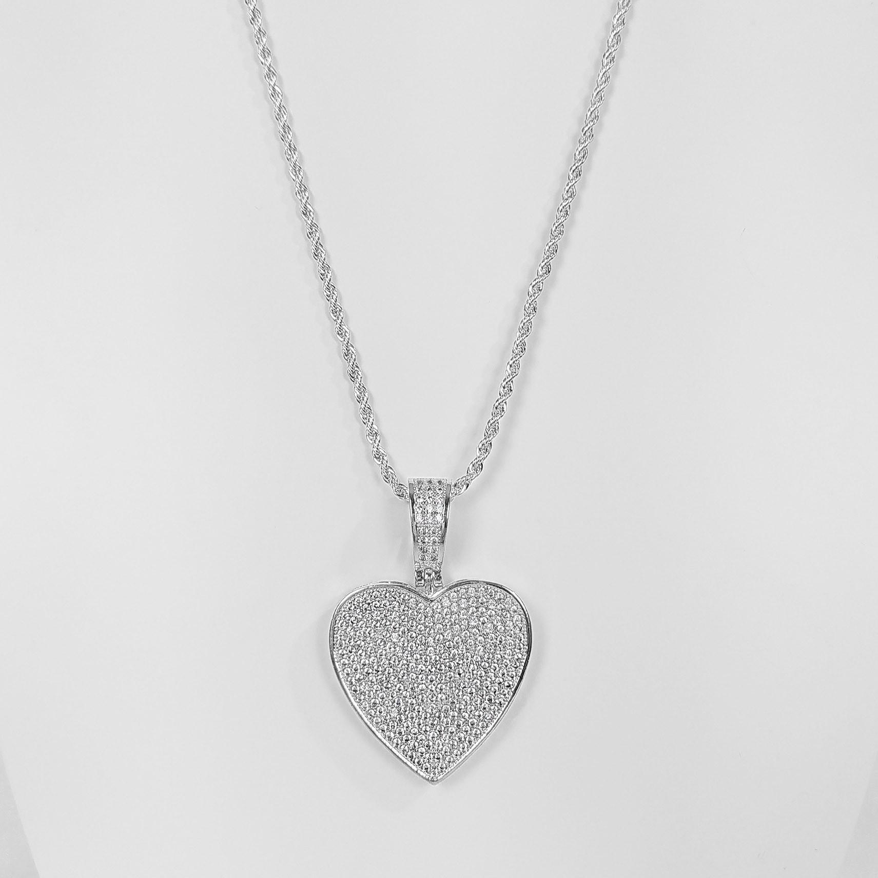 Colar 45 cm Coração Luxo Cravejado Folheado a Prata 1000  - Lunozê Joias