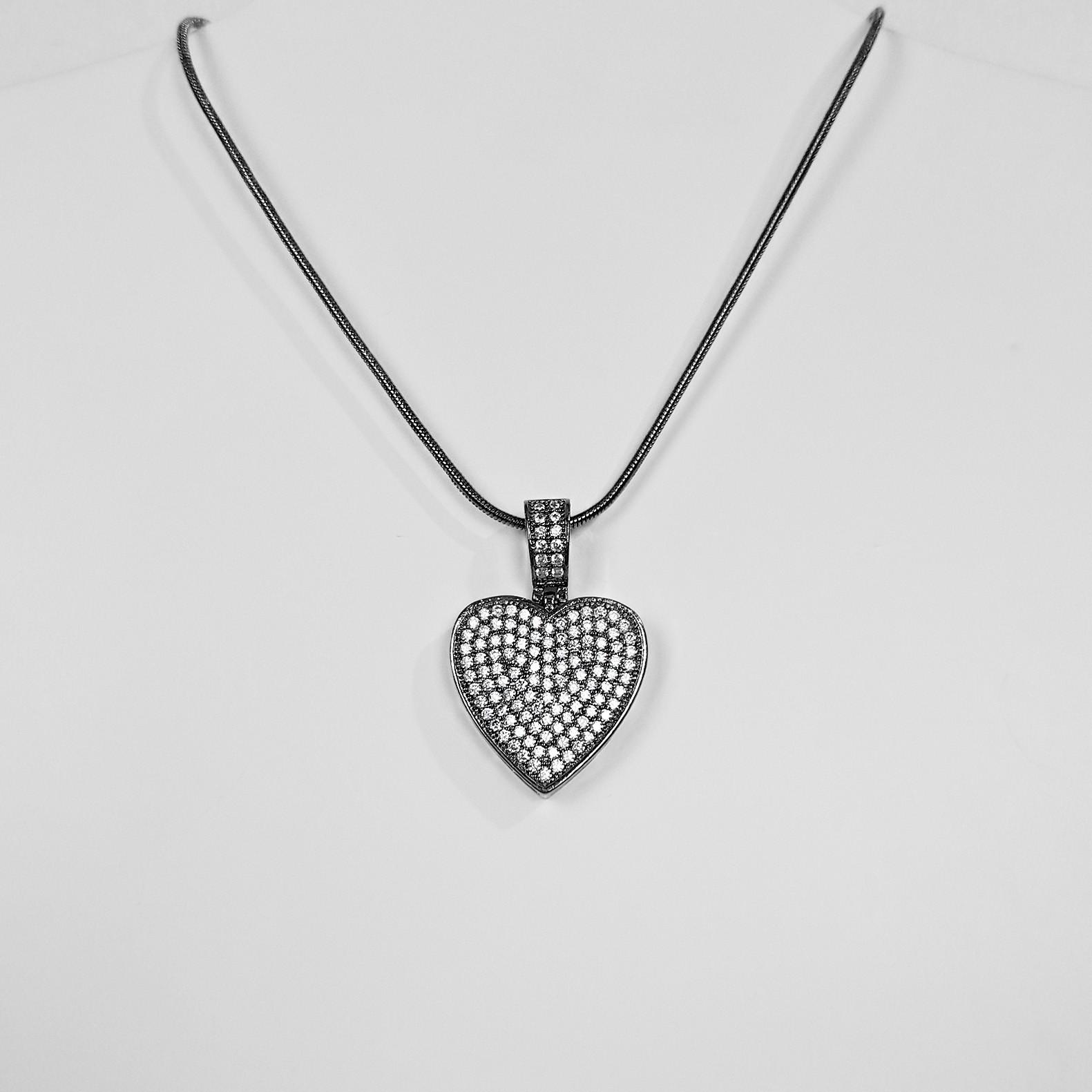 Colar 45cm Coração Luxo Menor Cravejado Banho Ródio Negro  - Lunozê Joias
