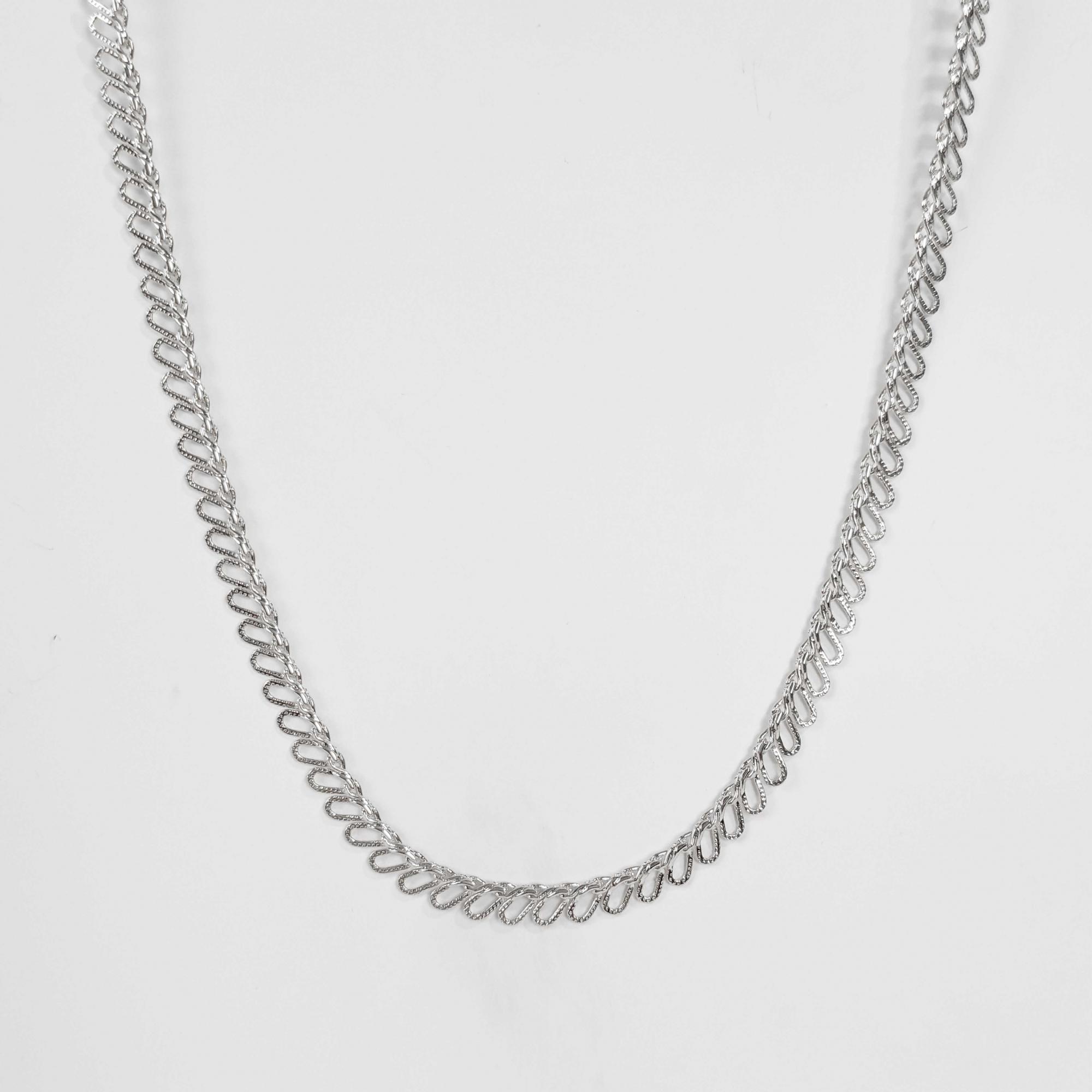 Colar Comprido Elo Entrelaçado Lateral 40cm Folheado Prata 1000  - Lunozê Joias
