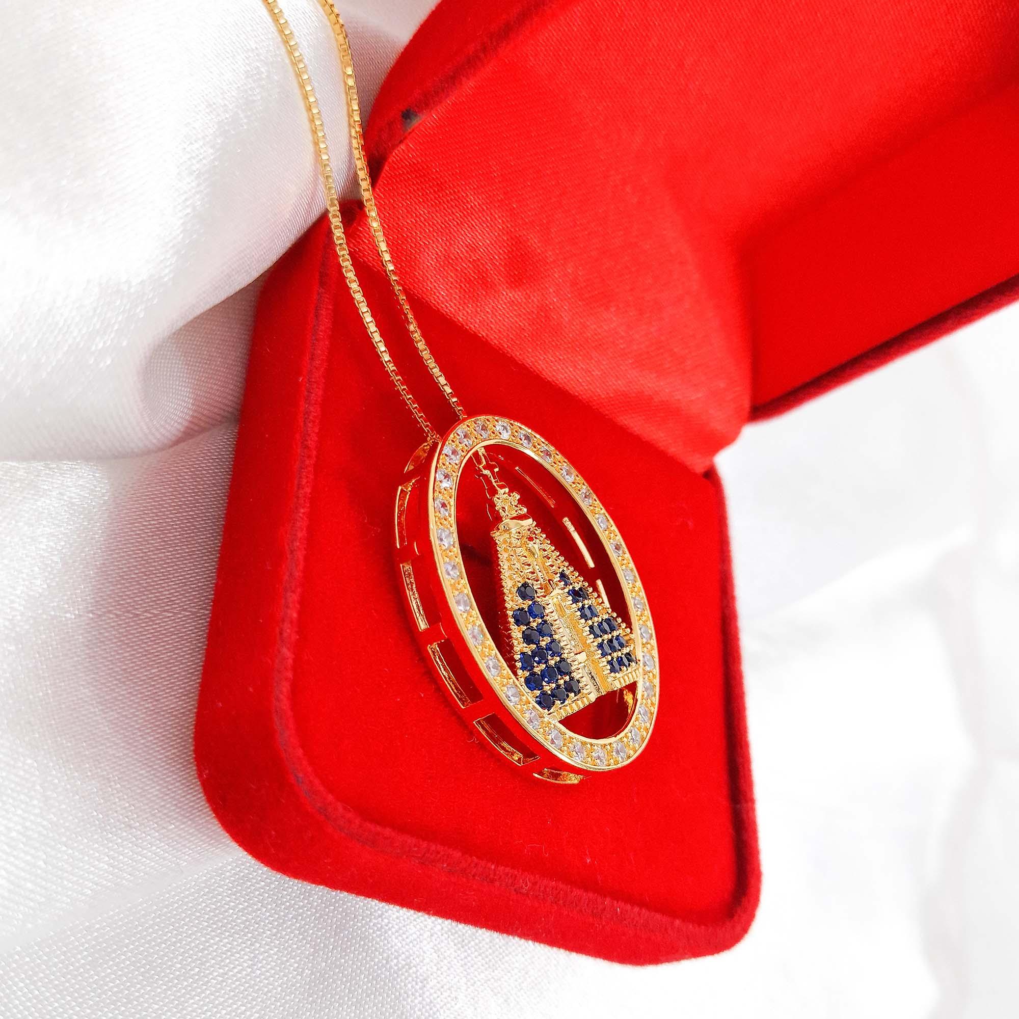 Colar Comprido Nossa Senhora Cravejada Folheado a Ouro 18k  - Lunozê Joias