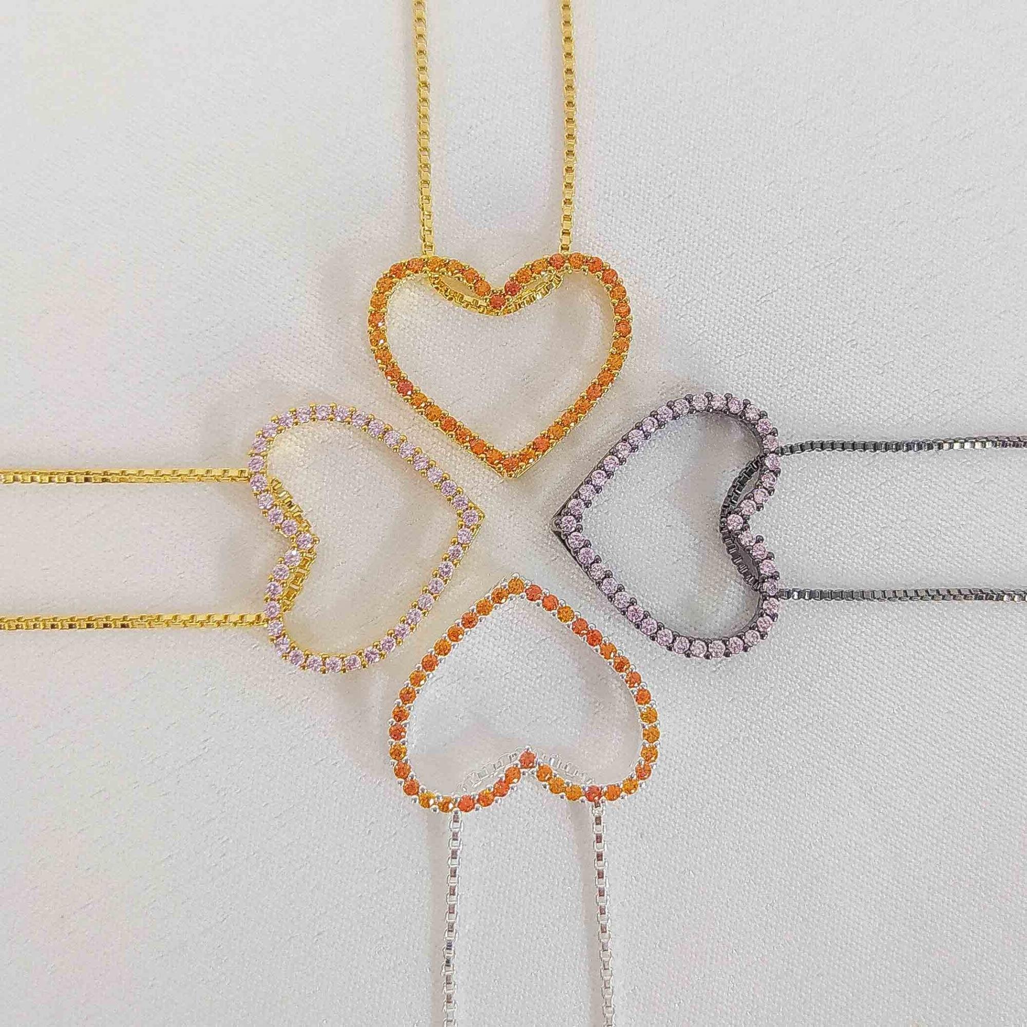 Gargantilha Coração Cravejado Vazado Folheado a Prata 1000  - Lunozê Joias