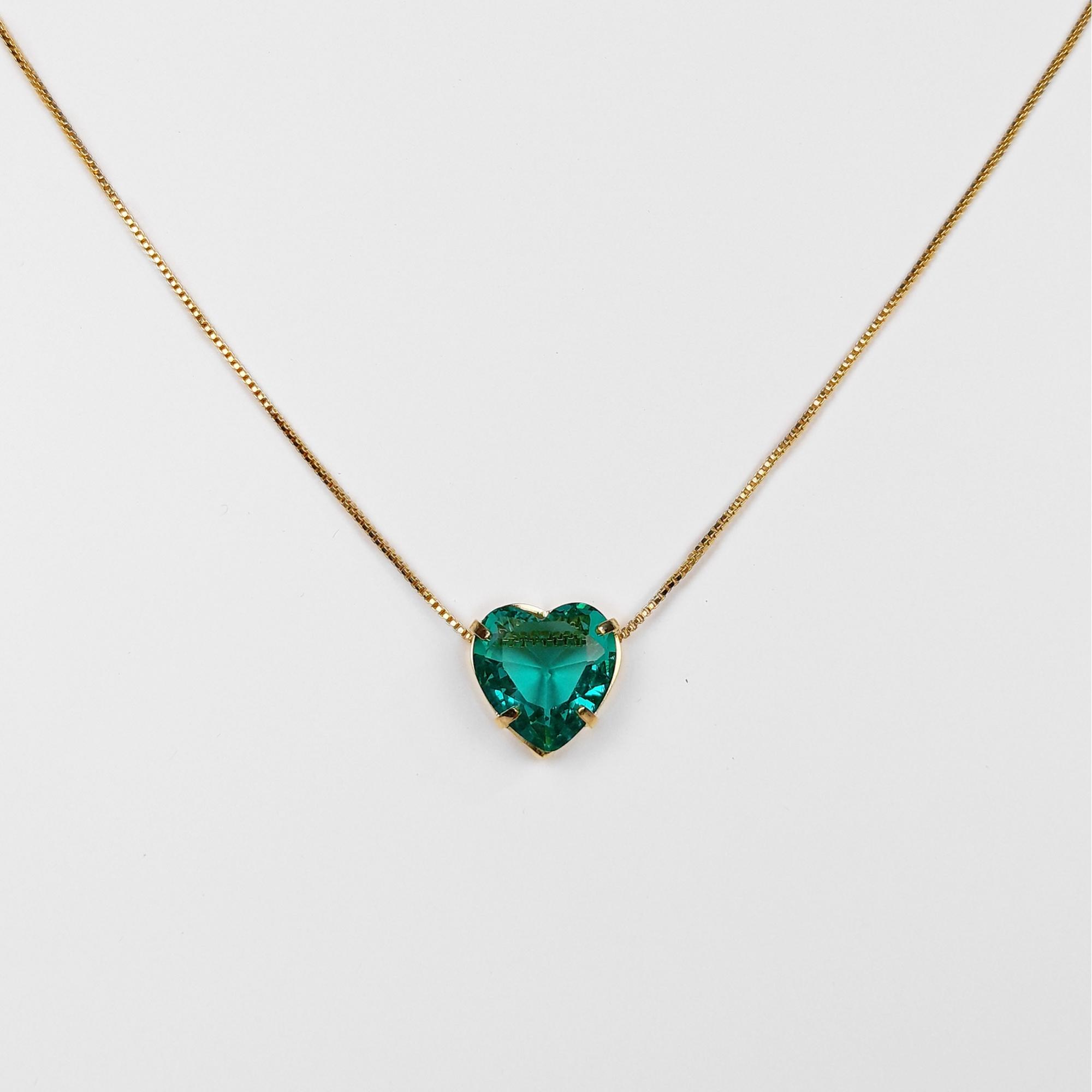 Gargantilha Coração Pedra Acrílica Maior Folheado a Ouro 18K  - Lunozê Joias