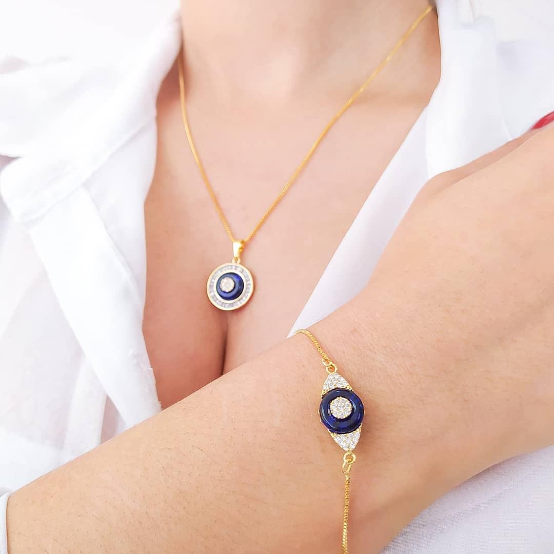 Gargantilha Mandala Azul Cravejado com Zircônia Folheado a Ouro 18k