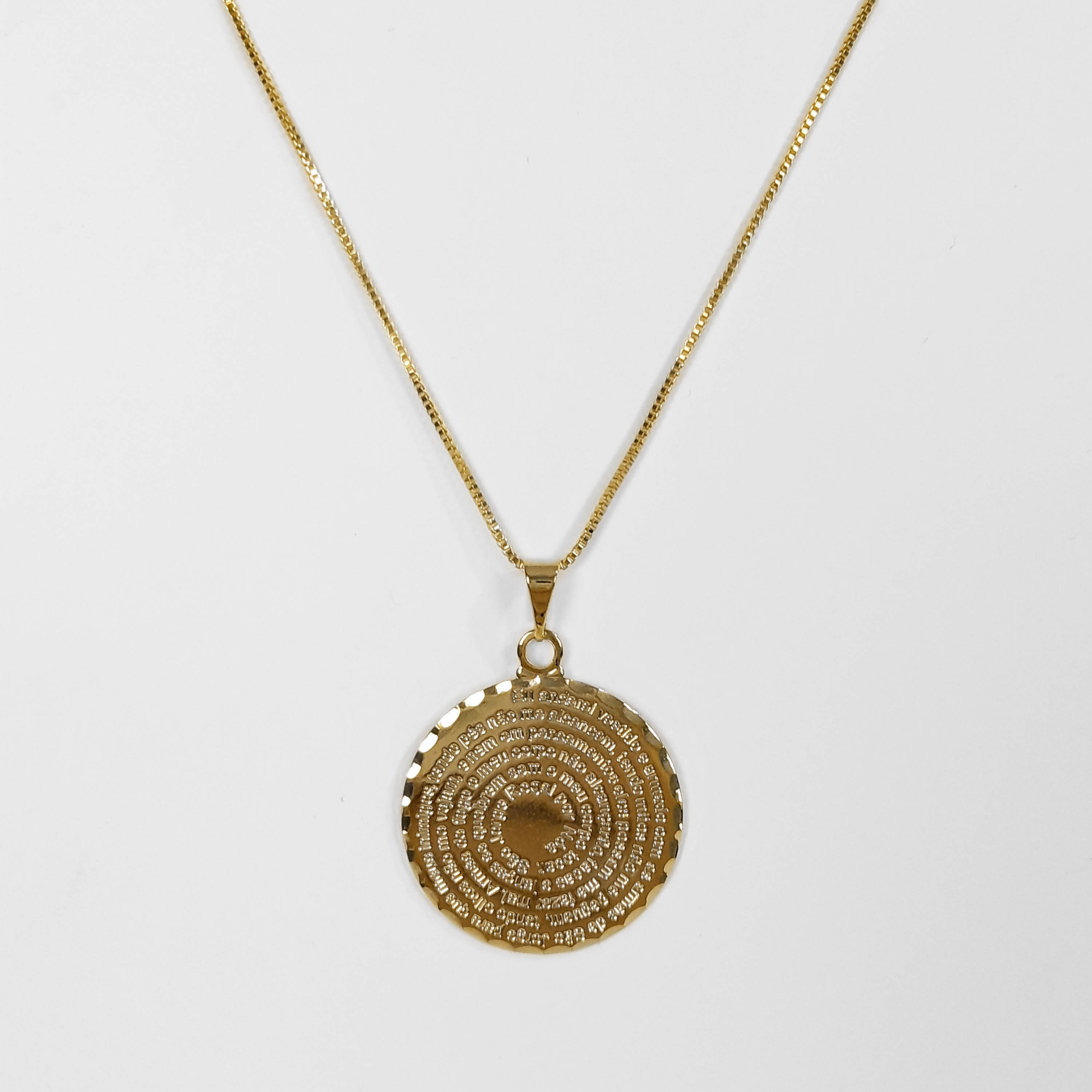 Gargantilha Mandala Oração de São Jorge Folheada a Ouro 18k  - Lunozê Joias