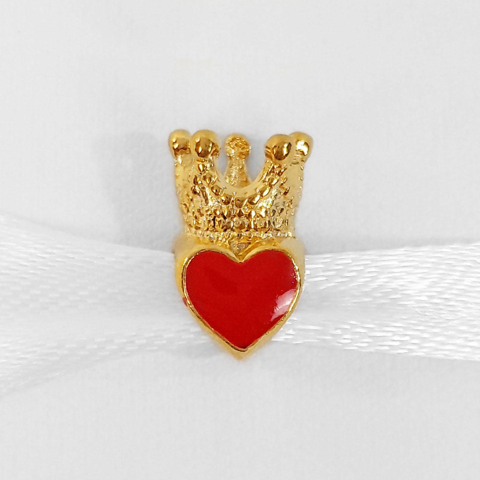 Pingente Berloque Coração e Coroa Folheado a Ouro 18k  - Lunozê Joias