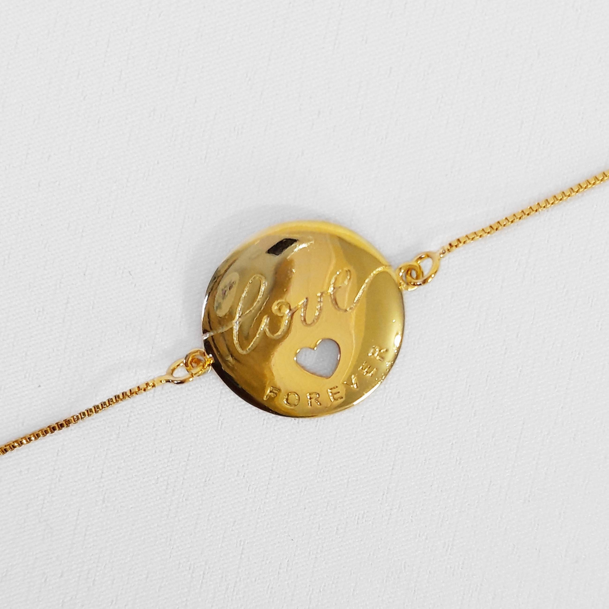 Pulseira Medalha Love Forever Folheada a Ouro 18k  - Lunozê Joias
