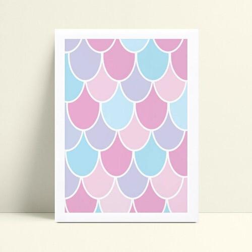 placa poster infantil menina escamas rosa