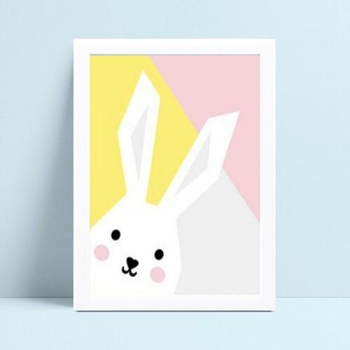 Quadro mdf menina colorido coelho branco