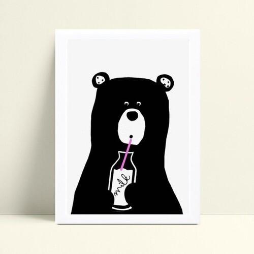 Quadro Quadro Decoração Infantil urso bebendo leite