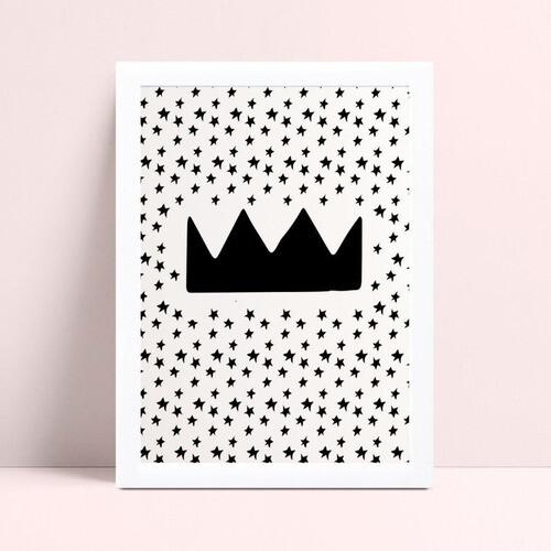quadro quadro infantil coroa rei estrelas pequenas preta