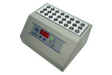 BANHO SECO DIGITAL COM AQUECIMENTO ATÉ +70°C CAPACIDADE 30 TUBOS EPPENDORF 1,5ML REF BT02D