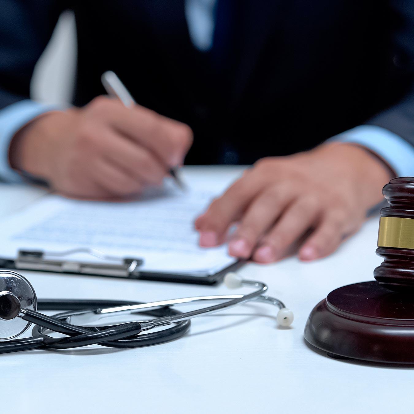 Direito Médico e Bioética  - PUC Minas