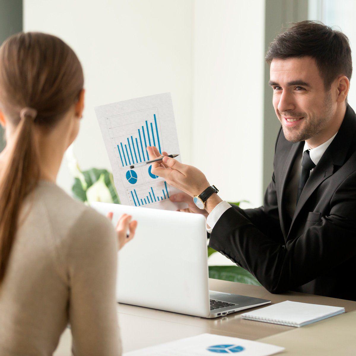 Economia Empresarial: Estratégia de Negócios  - PUC Minas