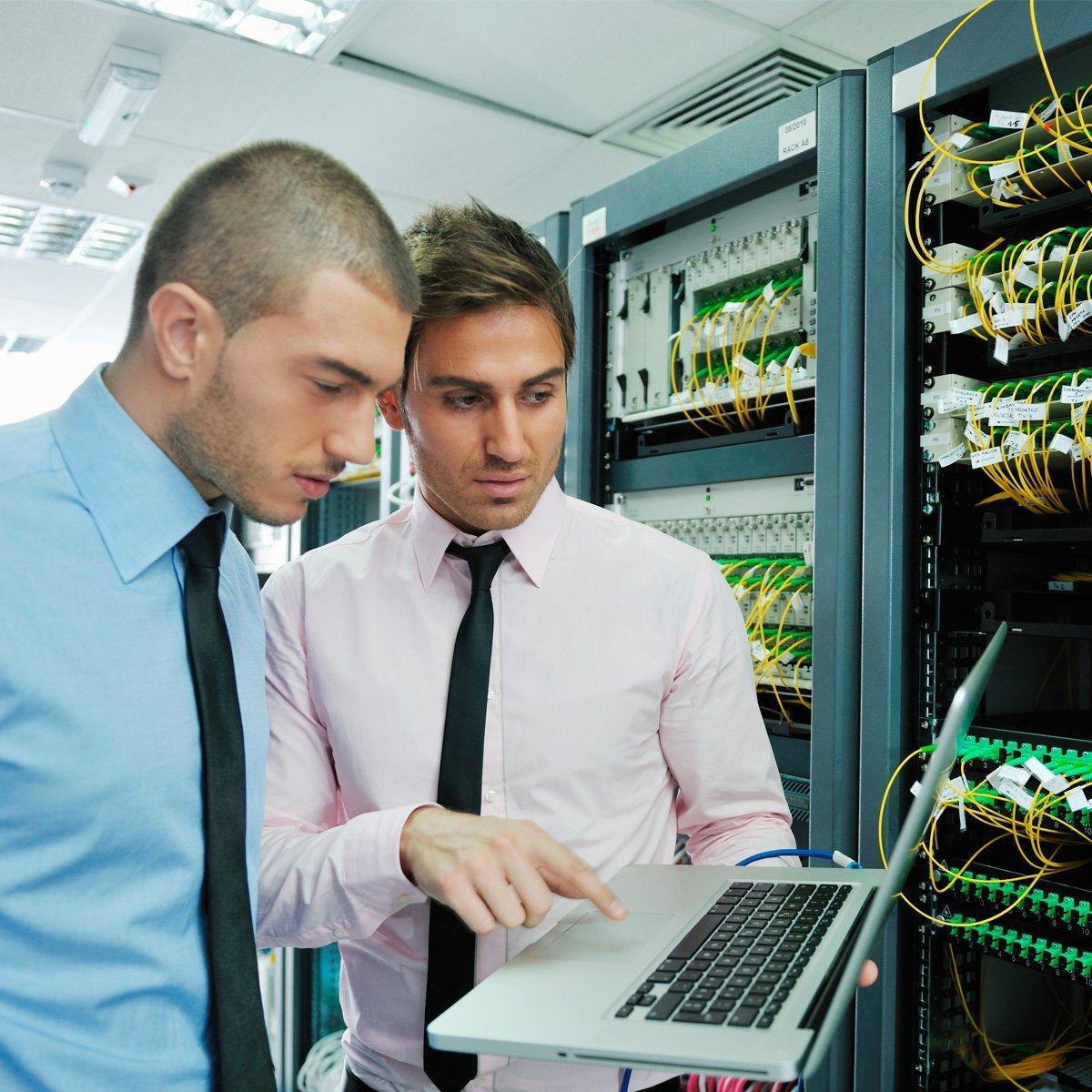 Gestão e Administração de Redes de Computadores  - PUC Minas