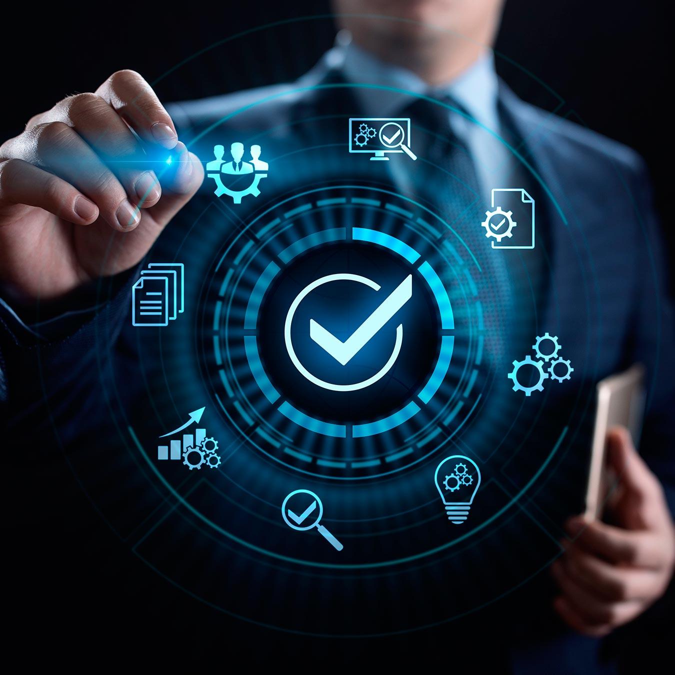 Transformação Digital com Foco na Experiência do Cliente  - PUC Minas