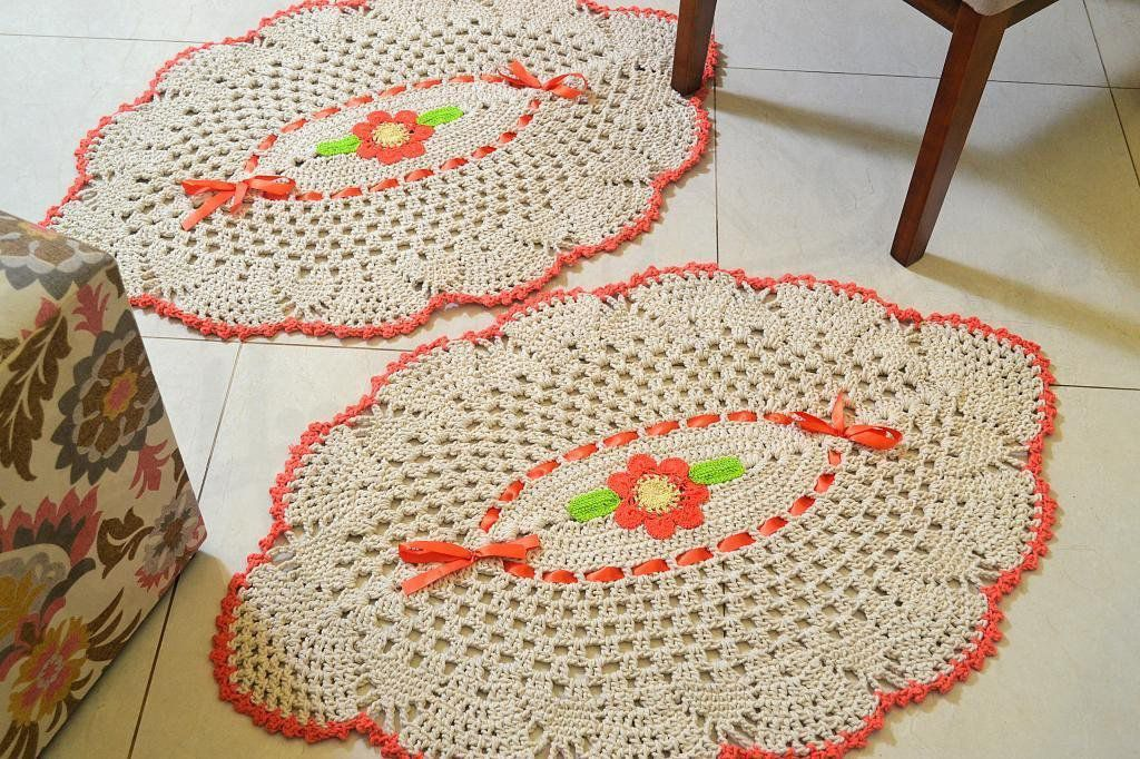 Par de Tapetes Formato Abacaxi - com Laranja