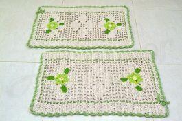 Par de Tapetes em crochê Duas Flores - Verde